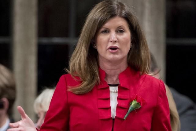 Rona Ambrose... (Photo La Presse Canadienne)