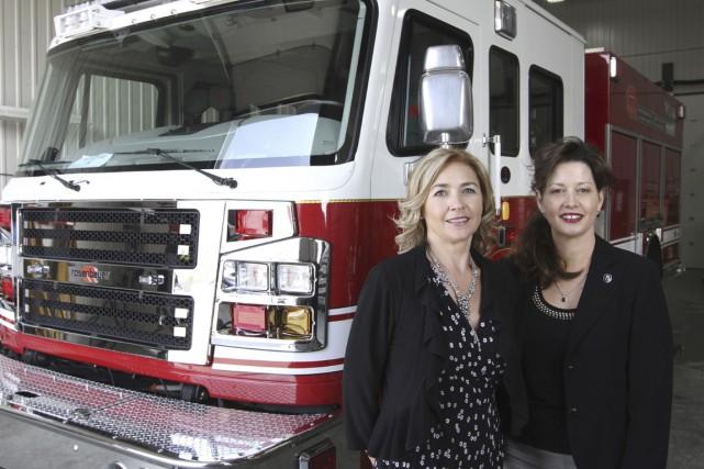 Josée Guillemette et Hélène Picard sont respectivement vice-présidente... (PHOTO STÉPHANE CHAMPAGNE, COLLABORATION SPÉCIALE)