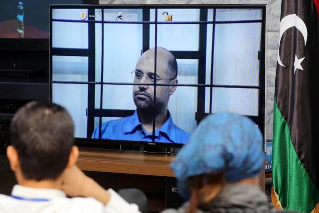 Saïf al-Islam, 41 ans, est détenu par d'anciens... (PHOTO MAHMUD TURKIA, ARCHIVES AFP)