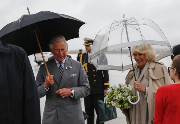 Le prince Charles a rendu hommage au Manitoba, mercredi, alors qu'il visitait... (Photo MARK BLINCH, Reuters)