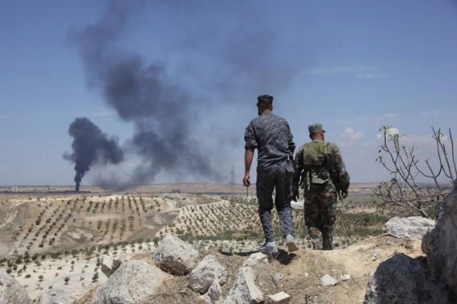 Les insurgés qui encerclent depuis plusieurs mois la... (Photo: Reuters)