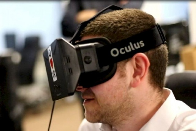 La plainte porte sur l'utilisation par Oculus de... (Photo tirée de Whiteguyswearinoculusrifts.tumblr.com)