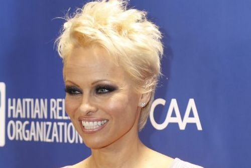 Pamela Anderson... (Colin Young-Wolff, archives AP)