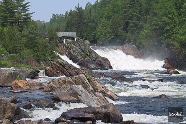 Dans un contexte où Hydro-Québec nage dans les... (Photo d'archives Le Soleil)