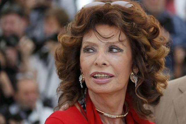 À 80 ans, Sophia Loren était de retour... (Photo: Reuters)