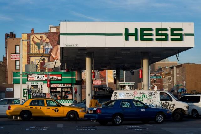 C'est finalement la société pétrolière américaine Marathon (MRO)... (Photo archives Bloomberg)