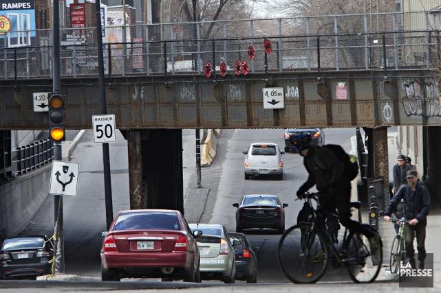 La réfection des infrastructures vieillissantes de Montréal pourrait être... (Photo archives La Presse)