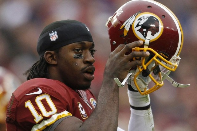 Le quart-arrière des Redskins de Washington Robert Griffin... (Photo Gary Cameron, archives Reuters)