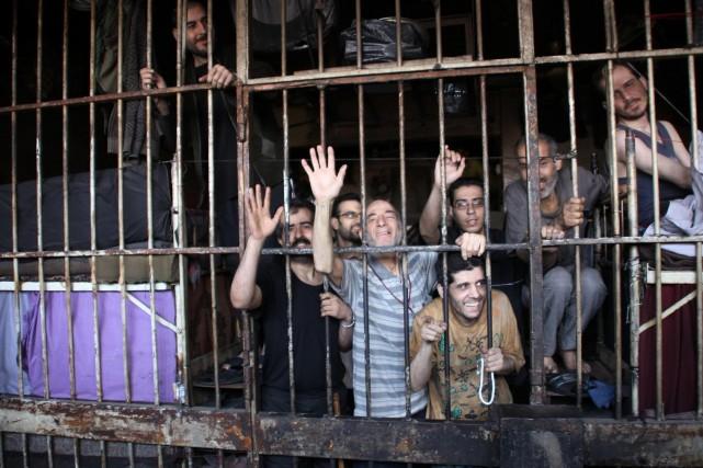 L'armée syrienne, épaulée par les supplétifs des Forces... (Photo GEORGE OURFALIAN, Reuters)