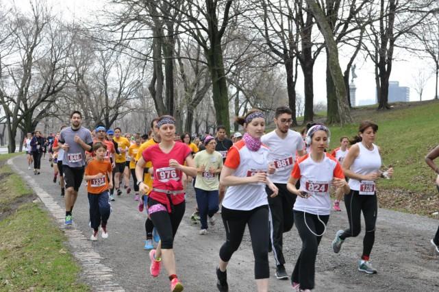600 coureurs ont participé à une activité qui...