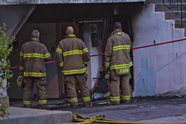 Une personne est décédée dans un incendie suspect à Montréal-Nord à... (PHOTO FÉLIX O.J. FOURNIER, COLLABORATION SPECIALE)