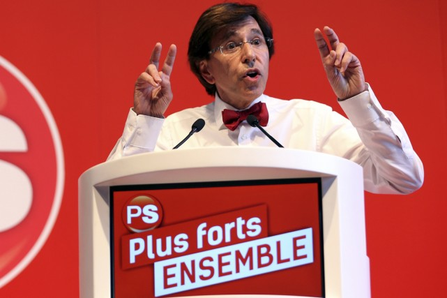 Elio Di Rupo... (Photo Reuters)