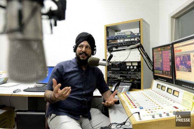 Jasvir Sandhu, propriétaire de Radio Humsafar et vétéran... (Photo: Bernard Brault, La Presse)