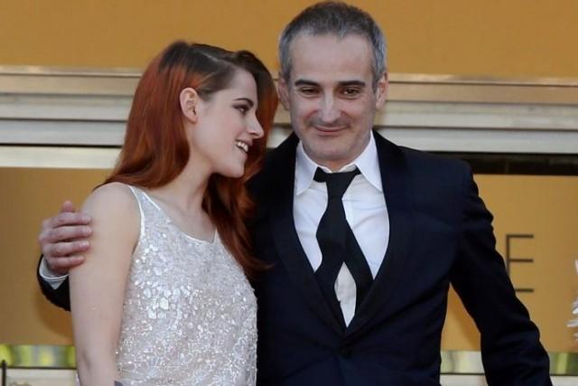 Kristen Stewart en compagnie du réalisateur Olivier Assayas.... (Photo: Reuters)