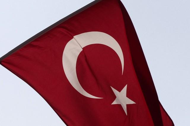 La purge menée en Turquie contre le «virus» de la confrérie de l'ex-imam... (PHOTO ARCHIVES REUTERS)