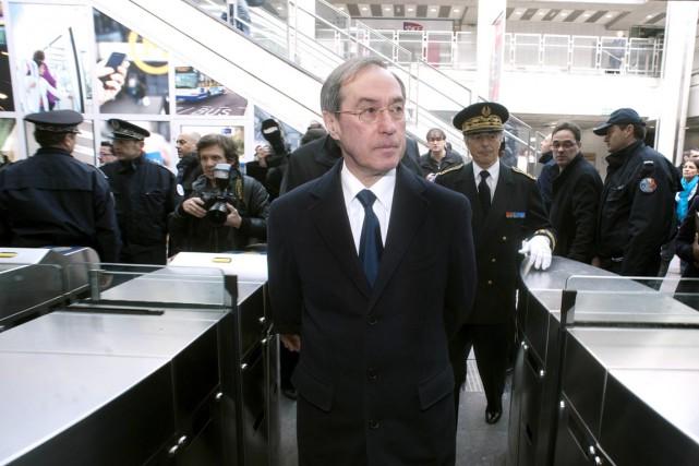 Désormais avocat, Claude Guéant, 69 ans, devrait devoir... (PHOTO PASCAL PAVANI, ARCHIVES AFP)
