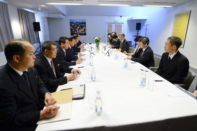 Les diplomates des deux pays se retrouvent pour... (PHOTO JONATHAN NACKSTRAND, AFP)