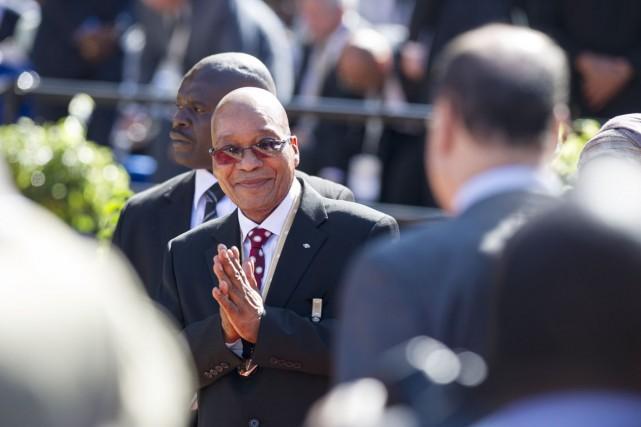 Jacob Zuma a été investi samedi pour un... (PHOTO MUJAHID SAFODIEN, ARCHIVES AFP)