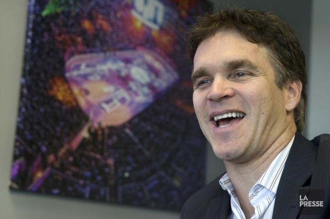 L'ex-hockeyeurLucRobitailleest aujourd'hui président des opérations des Kings de... (PHOTO ROBERT SKINNER, ARCHIVES LA PRESSE)