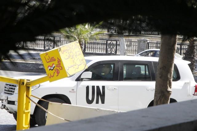Un véhicule de l'ONU entre dans le stationnement... (PHOTO KHALED AL-HARIRI, ARCHIVES RETEURS)
