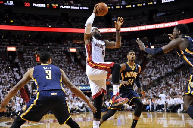 Les Pacers ont été incapables de neutraliser LeBron... (Photo Steve Mitchell, USA Today)