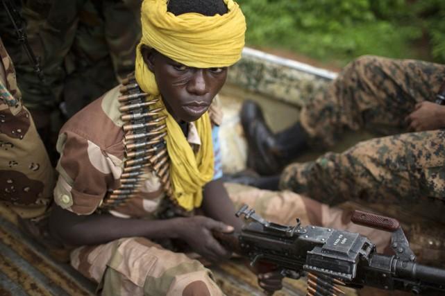Les combattants de la Séléka regagnentinexorablementle nord-est de... (PHOTO SIEGFRIED MODOLA, ARCHIVES REUTERS)