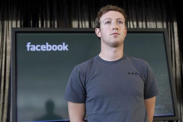 Mark Zuckerbergfait l'objet d'une plainte déposée par des... (PHOTO ROBERT GALBRAITH, ARCHIVES REUTERS)