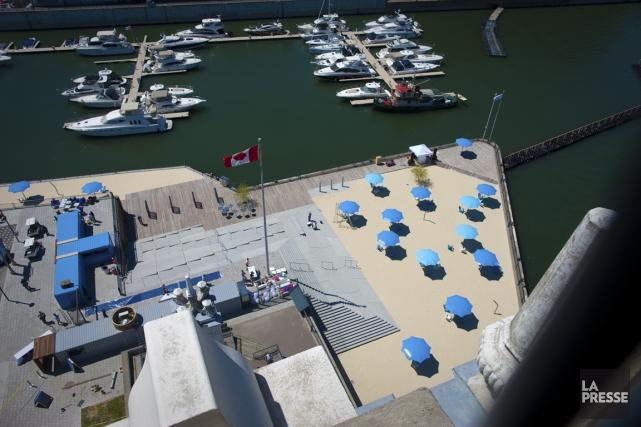 Les Montréalais pourront bientôt marcher les deux pieds dans le sable. La plage... (PHOTO ANDRÉ PICHETTE, LA PRESSE)