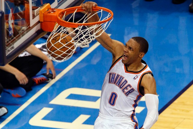 Russell Westbrook a inscrit 40 points dans la... (Photo Garett Fisbeck, AP)