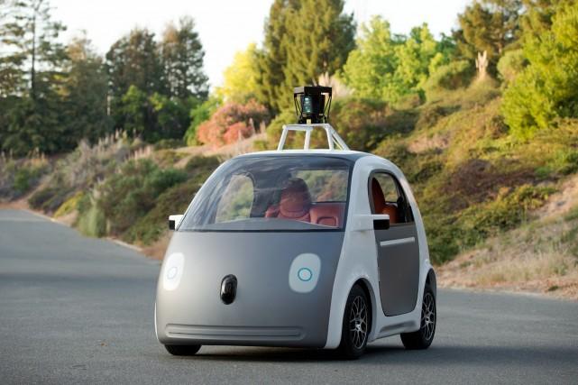 google commence construire ses voitures sans conducteur technologies. Black Bedroom Furniture Sets. Home Design Ideas