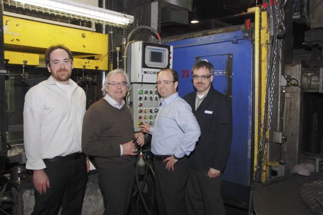 De gauche à droite : Samuel Jean, directeur... (PHOTO FOURNIE PAR MOULAGE SOUS PRESSION AMT)