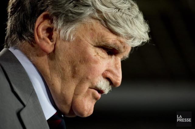 C'est de personnes comme Roméo Dallaire que devrait... (Photo La Presse Canadienne)