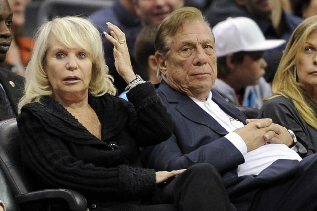 Donald et Shelly Sterling en novembre 2010.... (Photo: AP)