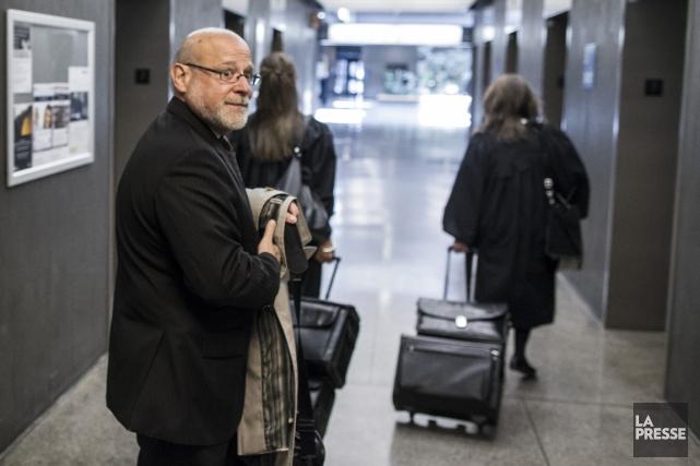 L'avocat Jean-Pierre Desmaraisfait face à 68 chefs d'accusation... (PHOTO OLIVIER PONTBRIAND, ARCHIVES LA PRESSE)