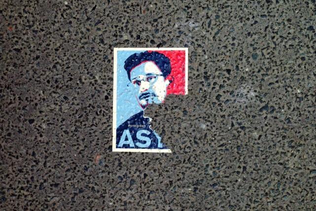 Edward Snowden est inculpé dans son pays d'espionnage... (PHOTO ODD ANDERSEN, ARCHIVES AFP)