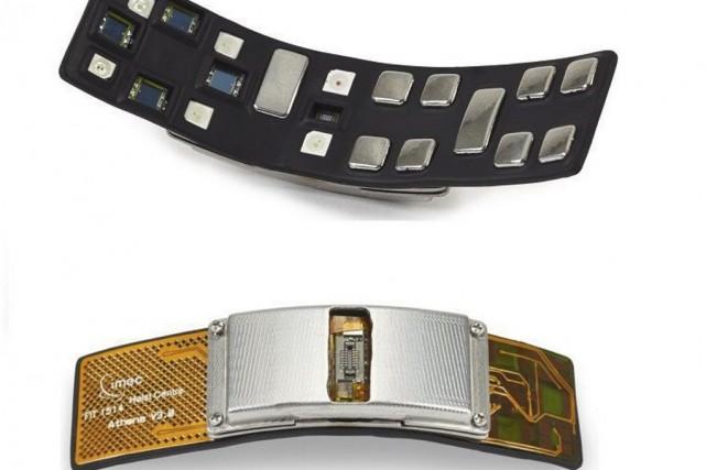 Le capteur Simband de Samsung mesure plusieurs données... (Photo Ben Margot, AP)