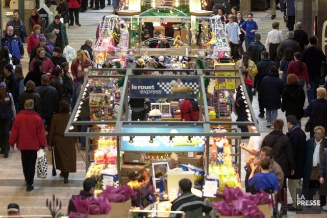 Les magasins établis dans les centres commerciaux du Québec ont augmenté leurs... (Illustration fournie par Cadillac-Fairview)