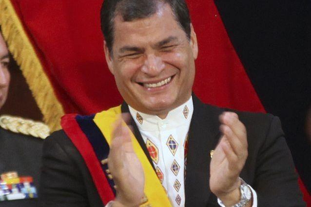 Le président équatorien a appelé en janvier dernier... (PHOTO ARCHIVES REUTERS)