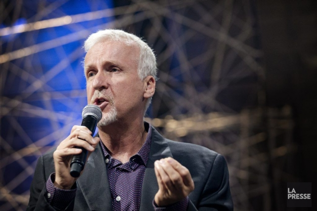 Le réalisateur canadien James Cameron était de passage... (PHOTO MARCO CAMPANOZZI, LA PRESSE)