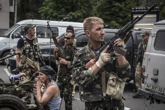 Des soldats russes dans la ville de Donetsk,... (Photo Sergey Ponomarev, The New York Times)