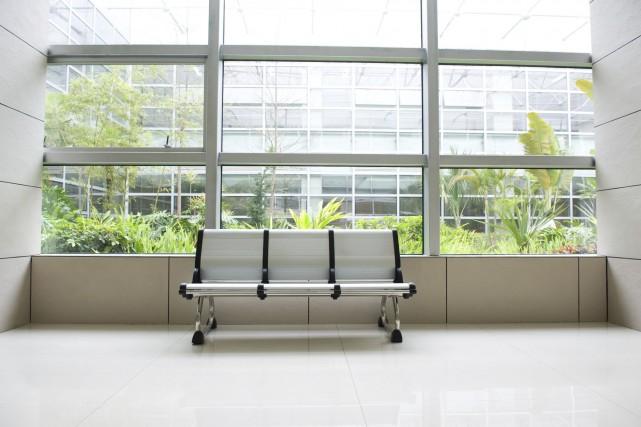 Arroser, désherber ou biner à la pause déjeuner. Organiser une réunion entre... (Photo Digital/Thinkstock)