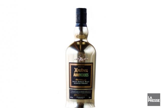 Ardbeg, distillerie de scotch dans l'île d'Islay, en Écosse, jouit d'un statut... (PHOTO OLIVIER PONTBRIAND, LA PRESSE)