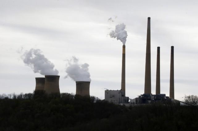 Les nouvelles limitations sur les émissions de carbone, qui doivent être... (Photo Keith Srakocic, archives AP)