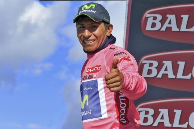 L'avance de 3:07 de Nairo Quintana est resté... (PHOTO LUK BENIES, AFP)