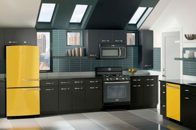 changer de frigo comme de chemise laurie richard mobilier. Black Bedroom Furniture Sets. Home Design Ideas