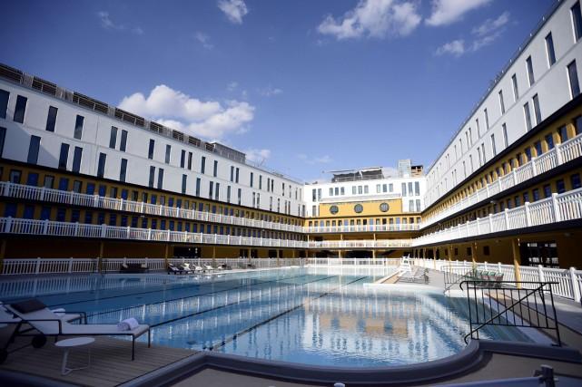 Après plus de 20 ans à l'abandon, l'emblématique piscine Molitor, dans le 16e... (PHOTO FRANCK FIFE, AFP)