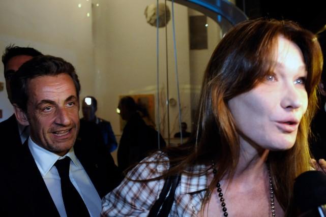 L'ex-président français Nicolas Sarkozyest apparu lundi soir à... (Photo DAVID BUIMOVITCH, AFP)