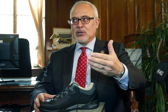Le ministre des Finances Carlos Leitaoa rappelé qu'«il... (PHOTO JACQUES BOISSINOT, LA PRESSE CANADIENNE)