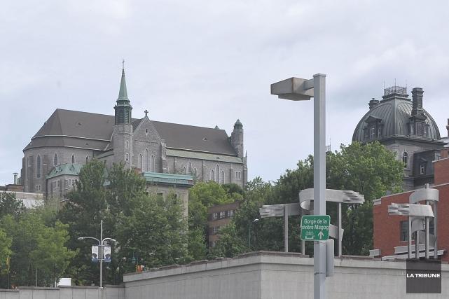 Les élus municipaux sherbrookois accordent une aide financière de 750000$, à... (Archives La Tribune)