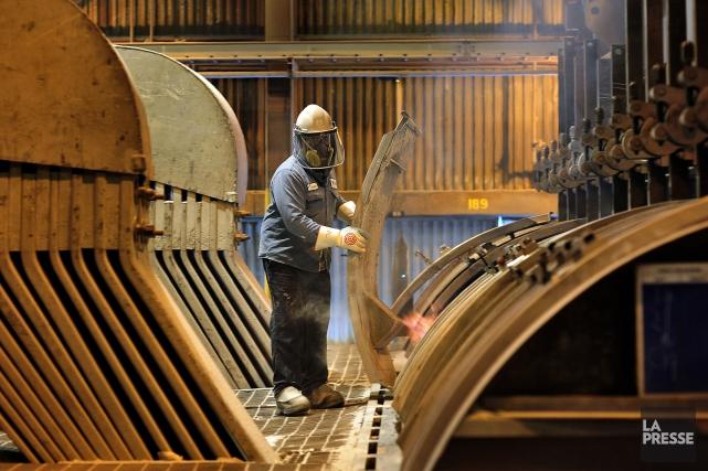 Sur un an, la production industrielle des États-Unis... (Photo archives Bloomberg)